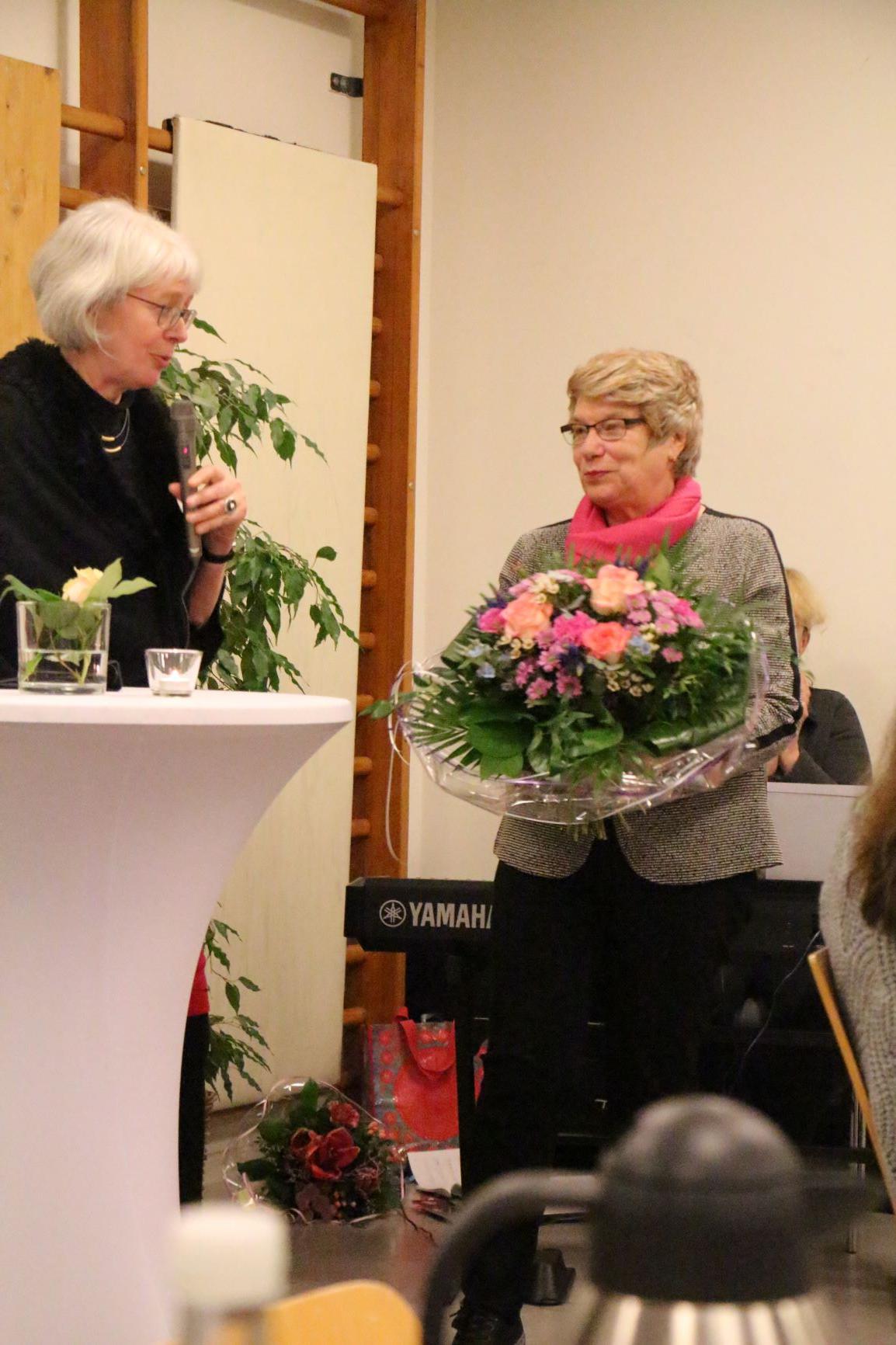 Kreispfarrerin Ulrike Hoffmann und Frau Germaid Eilers-Dörfler