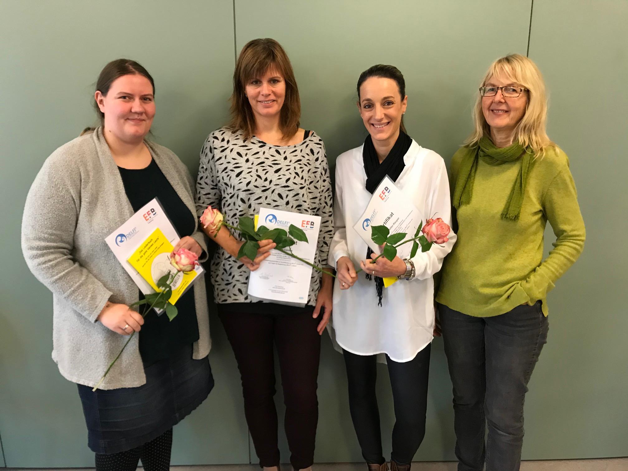 Drei neue DELFI Kursleiterinnen und Ulla Borghorst als Multiplikatorin